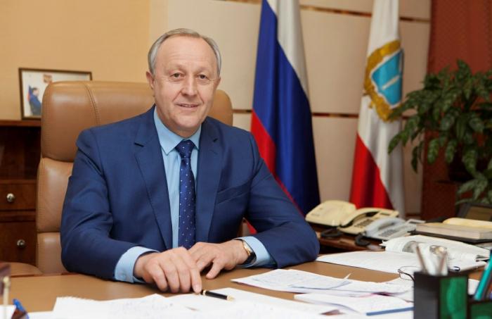 Поздравление губернатора В.В. Радаева с Днем России
