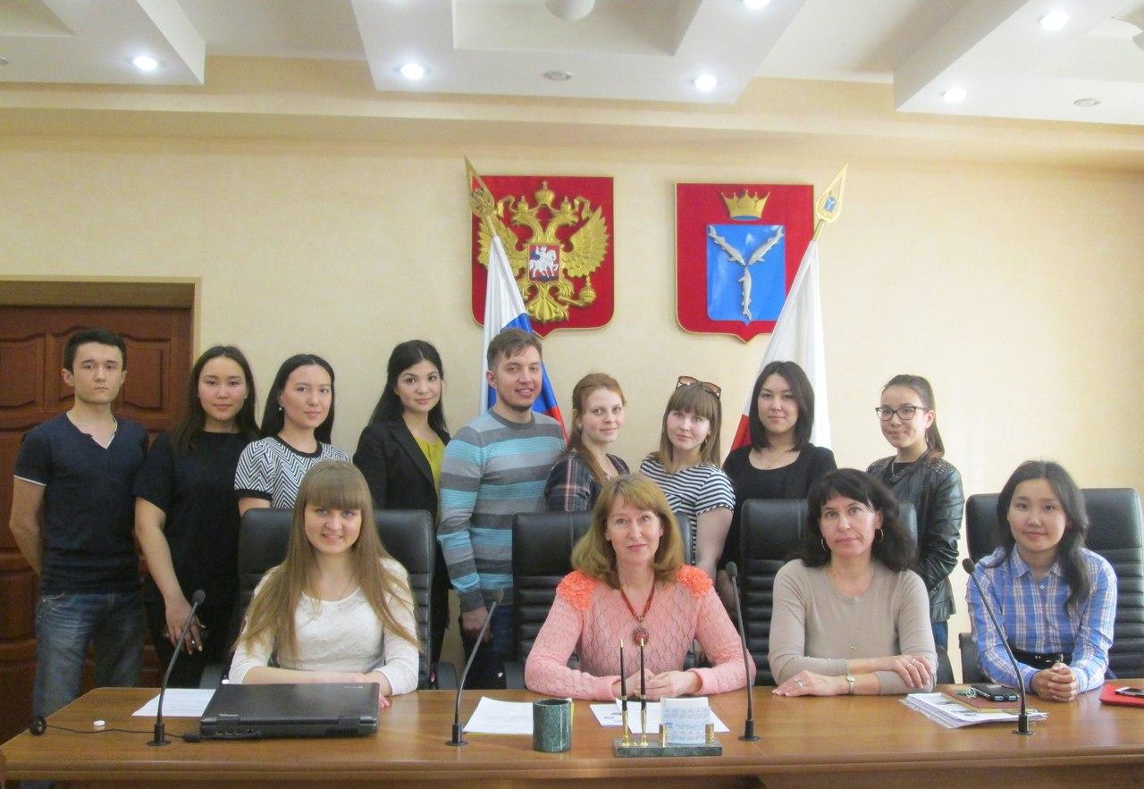 Круглый стол со студентами Западно-Казахстанского государственного университета им. М. Утемисова