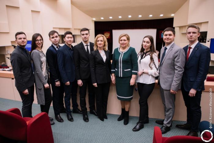 Магистранты ИМА посетили Саратовскую областную думу
